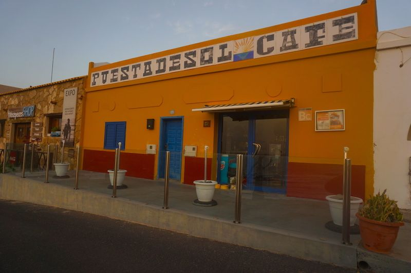 El café Puesta de Sol en Ajuy, merece la pena ir cuando está abierto entre semana.