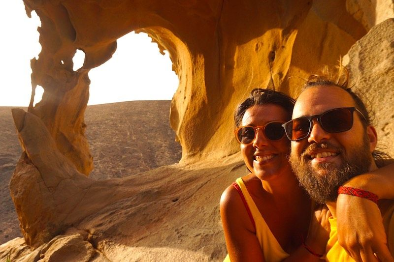 Nosotrxs en Arco de las Peñitas, en Fuerteventura